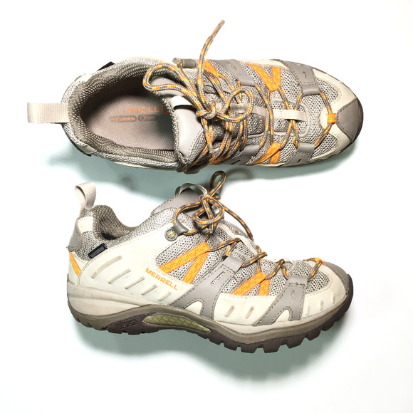 e4f1a753565e Merrell Boots Waterproof Hiking Shoes Womens Sz 7.  M 5baa6e363e0caae7c2b5fbe2